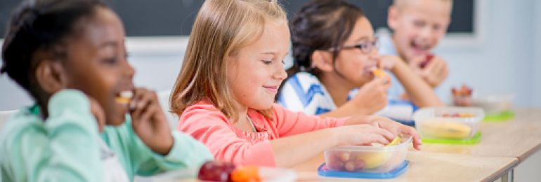 8 dicas para estimular a alimentação saudável nas crianças